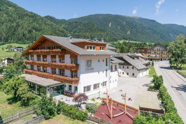 Foto estiva di presentazione Hotel Alpenhof