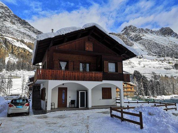 Foto invernale di presentazione Appartamenti Casa Silver