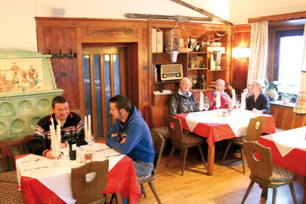 Foto della stube  Albergo Neunhäusern / Nove Case