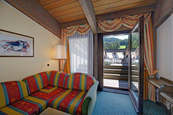 La zona giorno Sporthotel Obereggen - Hotel 4 stelle sup.