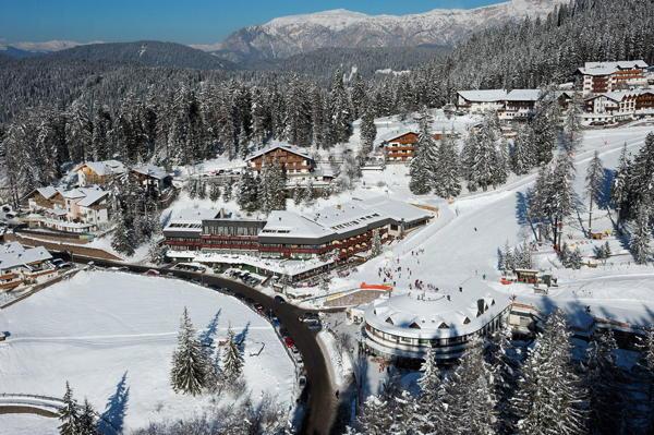 La posizione Hotel Sporthotel Obereggen Nova Ponente