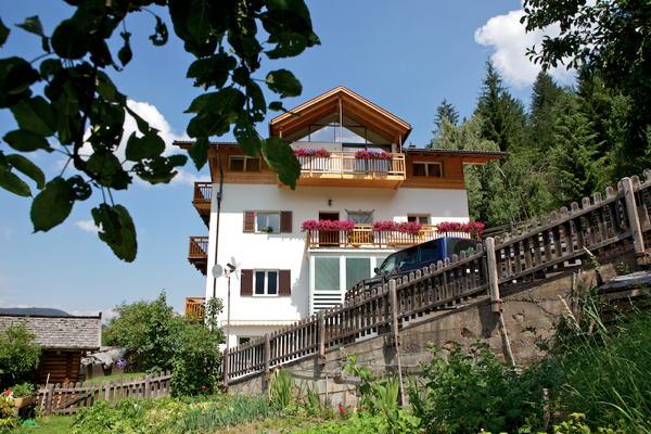 Foto esterno in estate Haus Pichler