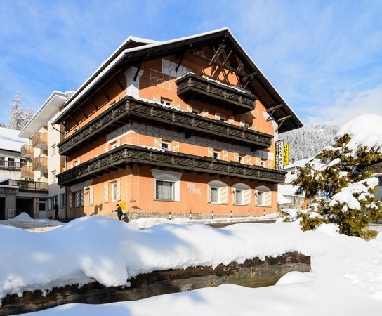Winter Präsentationsbild Hotel Central