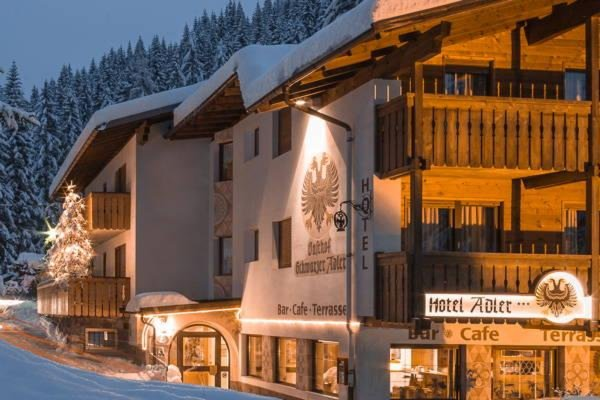Winter Präsentationsbild Dolomiti Hotel Adler Carezza - Hotel 3 Sterne