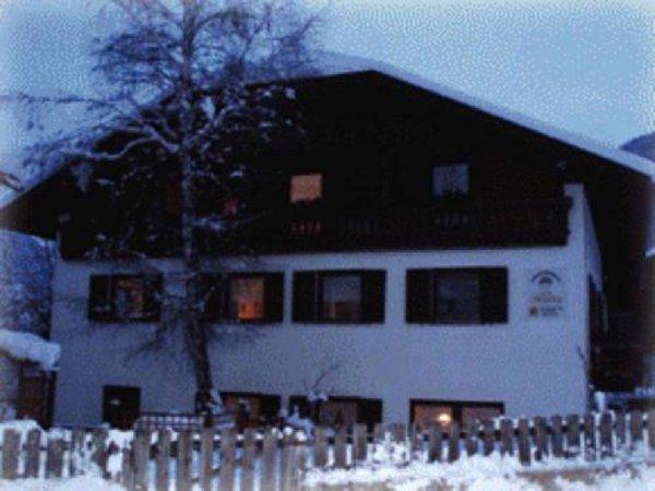 Winter Präsentationsbild Ferienwohnungen auf dem Bauernhof Schnapperhof