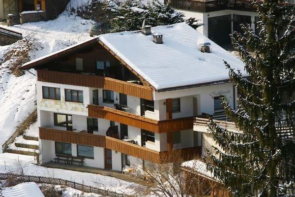 Winter presentation photo Apartments Mahlknecht