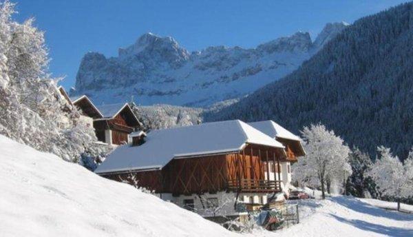 Foto invernale di presentazione Tschandlhof - Appartamenti in agriturismo 3 fiori