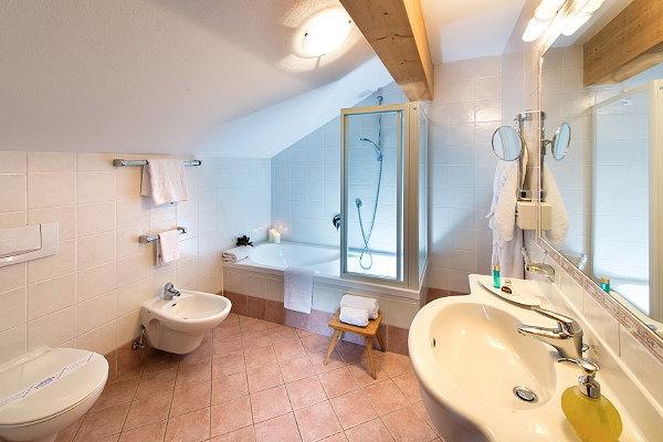 Foto del bagno Sporthotel Alpenrose