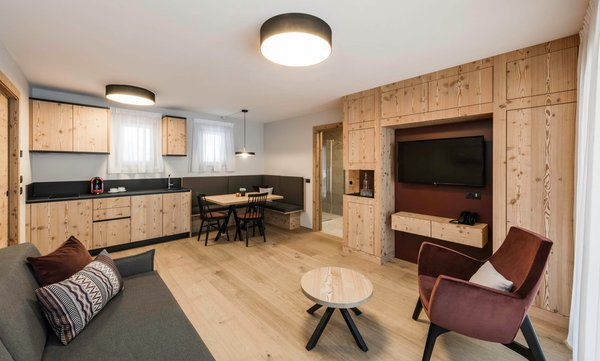 The living area LaMonte Premium Apartments by Feuerstein