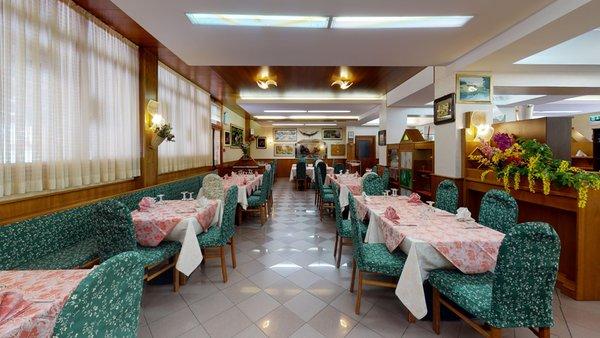Das Restaurant Forni di Sopra (Friauler Alpen) Ristorante Pizzeria Davòst