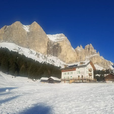 Foto esterno in inverno Stella Alpina Spiz Piaz