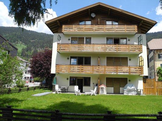 Foto estiva di presentazione Appartamento San Candido