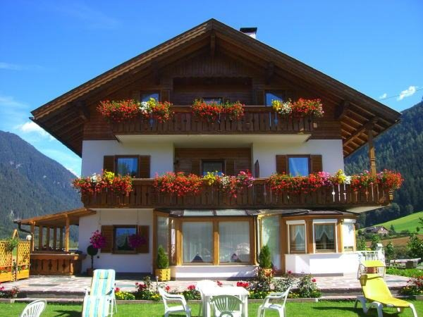Appartamenti Haus Mucher Rasun In Valle D Anterselva Plan De Corones