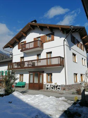 Foto invernale di presentazione Appartamento Casa Margaux