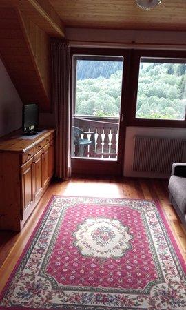 Der Wohnraum Pension + Ferienwohnungen Brunner