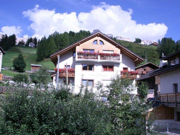 Photo exteriors in summer Ciasa Puntin