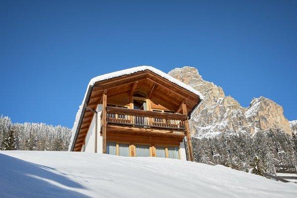 Foto Außenansicht im Winter Chalet Alta Badia