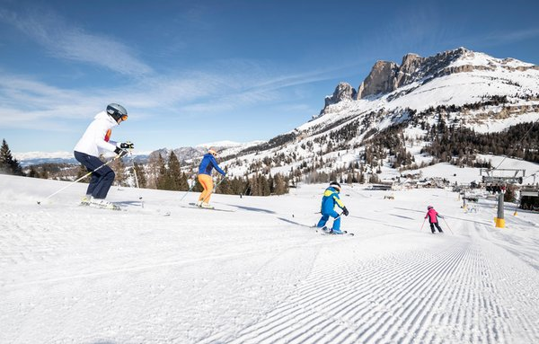 Winteraktivitäten Eggental, Karersee und Obereggen