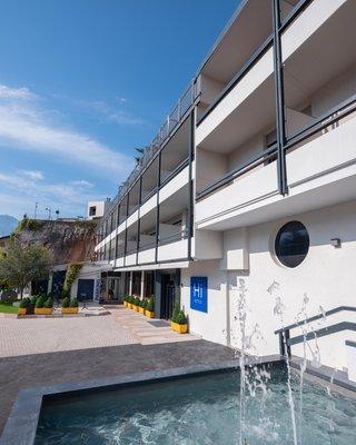Photo exteriors in summer Hi Hotels