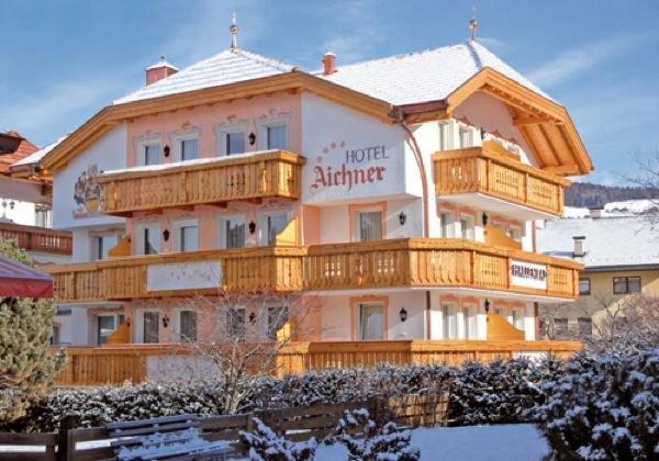 Winter presentation photo Hotel Aichner
