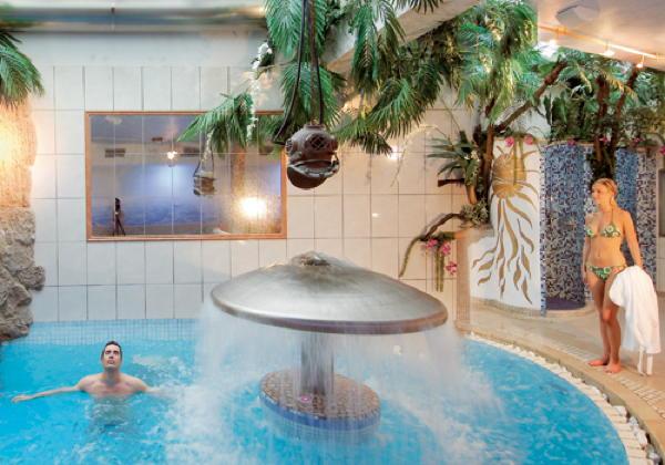 Schwimmbad Aichner - Hotel 4 Sterne