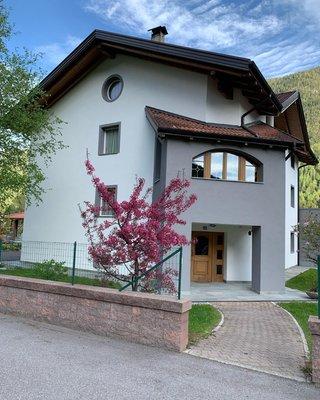 Foto estiva di presentazione Appartamento Angeli Dolomiti House