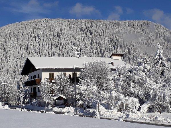 Foto Außenansicht im Winter Pörnbacher