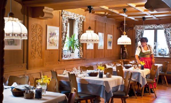 Das Restaurant Oberolang (Olang) Messnerwirt