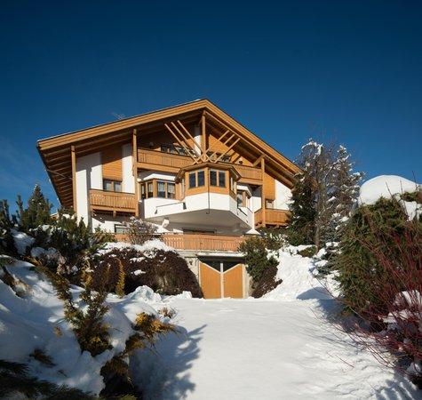Foto invernale di presentazione Residence Iris