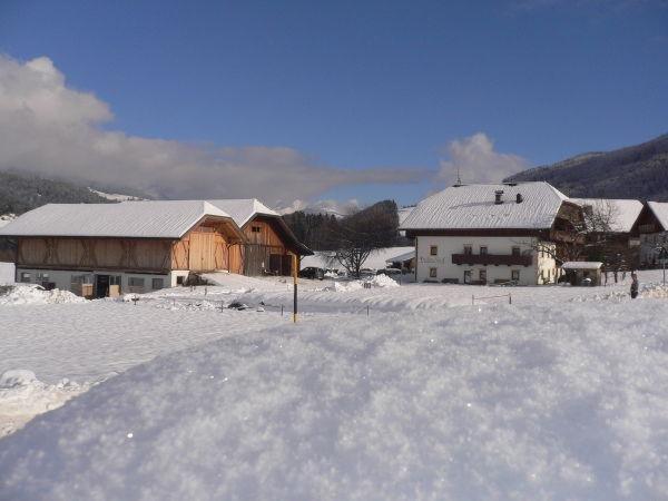 Foto invernale di presentazione Appartamenti in agriturismo Bulandhof