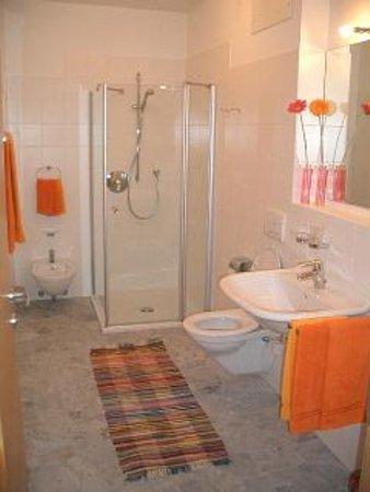 Photo of the bathroom Apartments Abfalterer