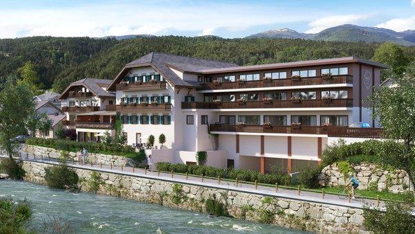 Foto estiva di presentazione River Hotel Post - Hotel 3 stelle