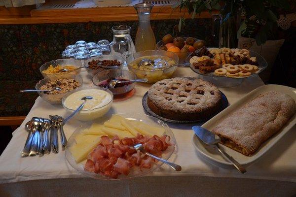 La colazione Falkenau - Camere + Appartamenti in agriturismo 4 fiori