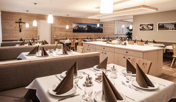 The restaurant Corti in Pusteria / Hofern (Chienes / Kiens) Sonnenheim