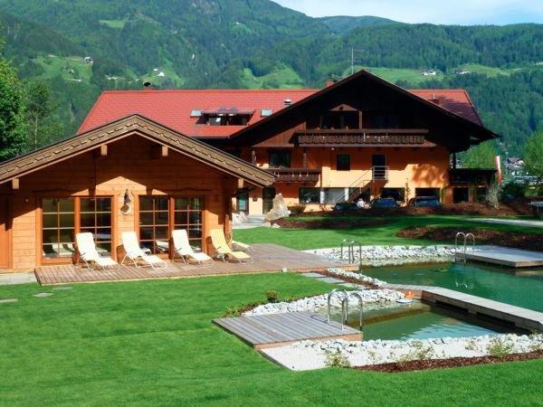 Foto esterno in estate Burgfrieden