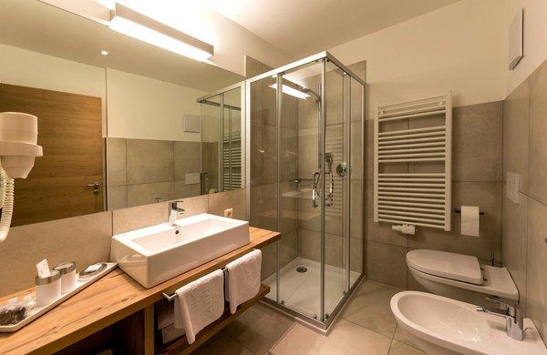 Foto del bagno Anewandter Historic Hotel