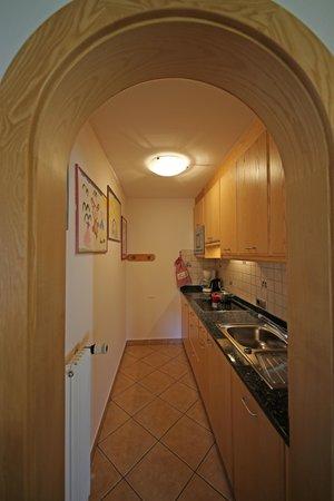Foto der Küche Appartements Loretta