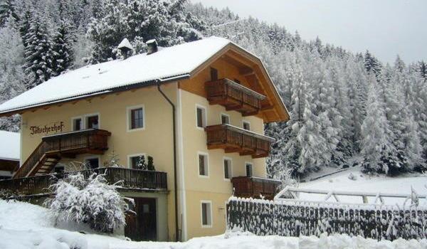 Foto invernale di presentazione Tötscherhof - Appartamenti in agriturismo 3 fiori