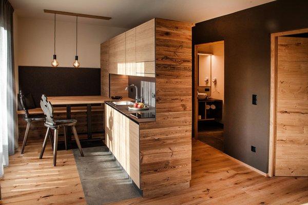 Foto della cucina Appartements & Wellness Winkler