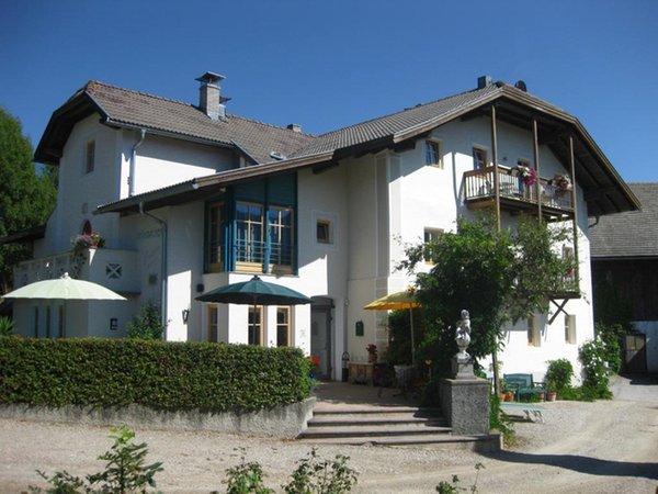 Foto estiva di presentazione Grünbacher - Pensione + Residence 3 stelle