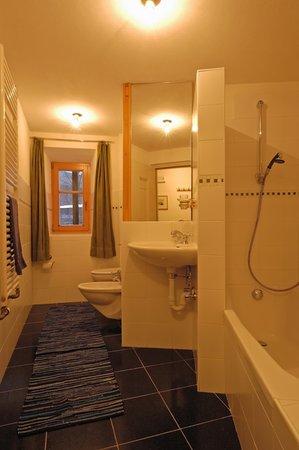 Foto del bagno Pensione + Residence Grünbacher