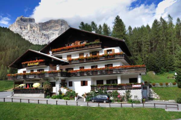 Foto estiva di presentazione Hotel + Residence Panorama