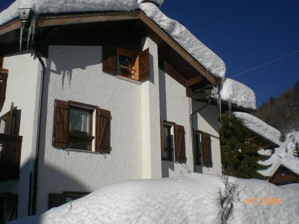 Foto invernale di presentazione Villa Erica - Appartamenti