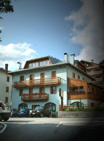 Sommer Präsentationsbild Ferienwohnungen Residenza Domino
