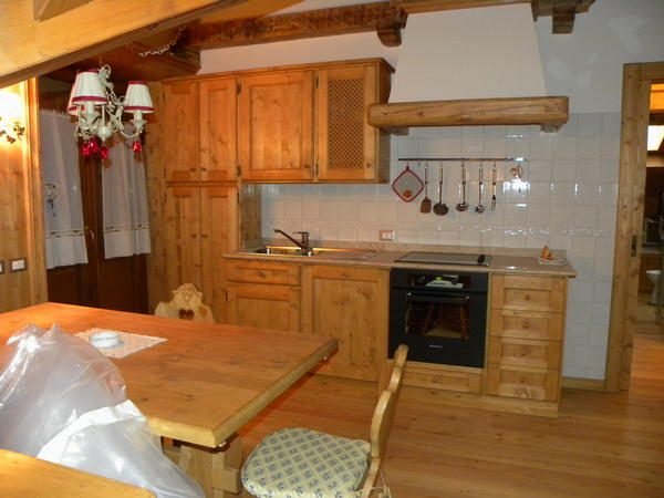 Foto della cucina Alpenrose
