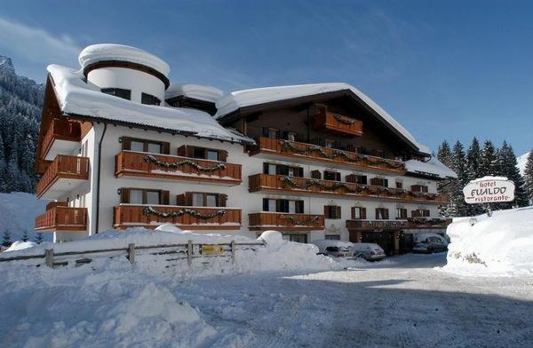 Foto invernale di presentazione Evaldo - Hotel 4 stelle