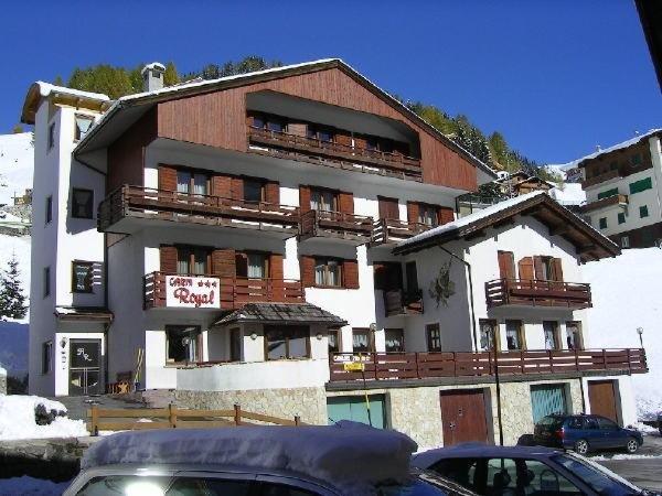 Winter Präsentationsbild Royal - Garni-Hotel 3 Sterne