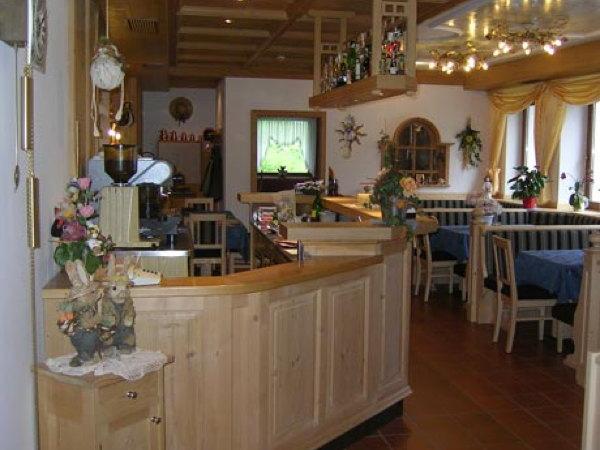 Foto von der Bar Garni-Hotel Royal