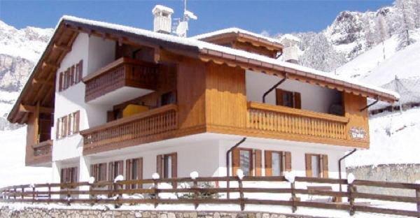 Foto invernale di presentazione Chalet Pradat - Appartamenti seconda categoria