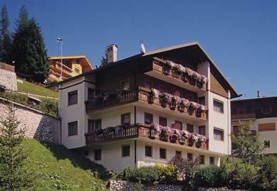 Photo exteriors in summer Chalet Maria Teresa